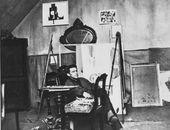 Iwan Puni in seinem Berliner Atelier