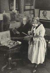 Anna Ostroumova-Lebedeva in the studio. 1947