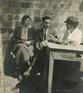 Olga Sacharoff, Otho Lloyd and Nellie St. Clair Lloyd (mother of Otho Lloyd). Tibidabo. Barcelona, 1922