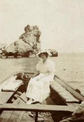Н.И.Комаровская. Фотография. Гурзуф. 1910-е