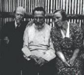 М.В. НЕСТЕРОВ, С.Н. ДУРЫЛИН, И.А. КОМИССАРОВА-ДУРЫЛИНА. Болшево. 1938.