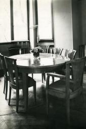 Мебель по эскизам Н.С. Гончаровой