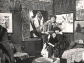Марк Шагал с Беллой и Идой в мастерской на авеню Орлеан, 110. Париж, 1924