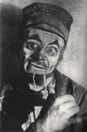 Соломон Михоэлс в роли Реб Алтера в спектакле «Мазлтов» по Шолом-Алейхему. ГОСЕК