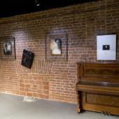 Презентация выставки Светланы Ланшаковой «УПАСТЬ ВВЕРХ» в Доме Актера